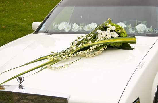 capot de voiture - Fleurs Capot De Voiture Mariage